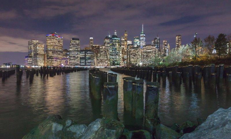 город,нью йорк, манхэттен,архитектура,ночь,отражения,река,истривер,огни, Манхэттенphoto preview