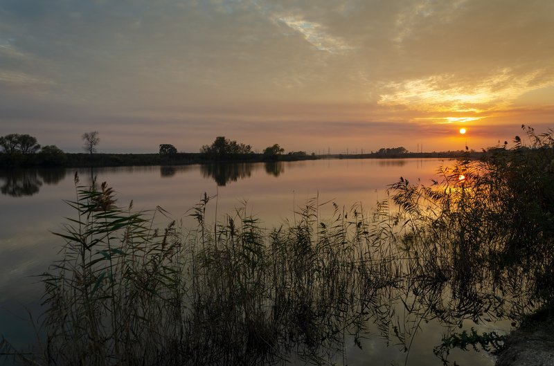 Вечернее озероphoto preview