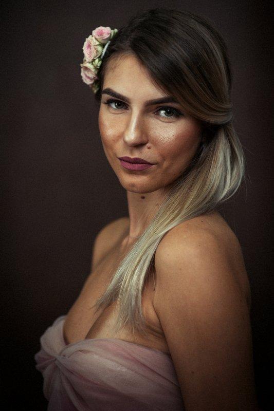 portrait painterly woman Portrait of Melitaphoto preview