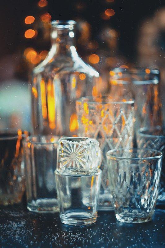 натюрморт, боке, прозрачный, закат, солнце, бутылка, стакан, стекло, красивый, прозрачный, блики, still life Стеклянныйphoto preview