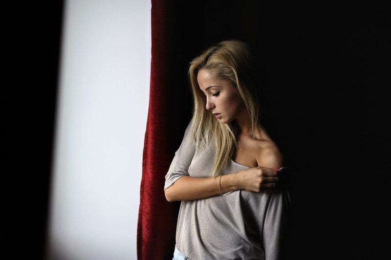 портрет, девушка, ню Ангелинаphoto preview