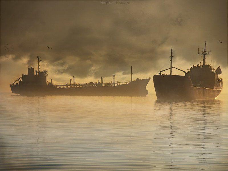 японское, , , море, , , корабли, , , штиль Boardingphoto preview