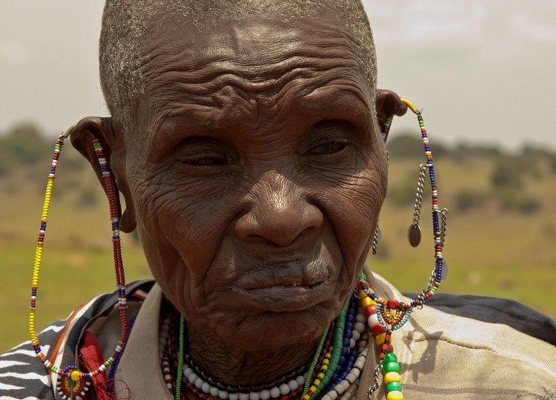 Бабушка-масай. (Кения)photo preview