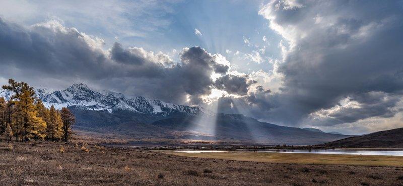 горы, алтай, горный алтай, ник васильев, красота, вода, озеро джангысколь, солнце, лучи, панорама, вечер, закат, урочище ештыкёль, северо-чуйский хребет Вечер на Джангысколе.photo preview