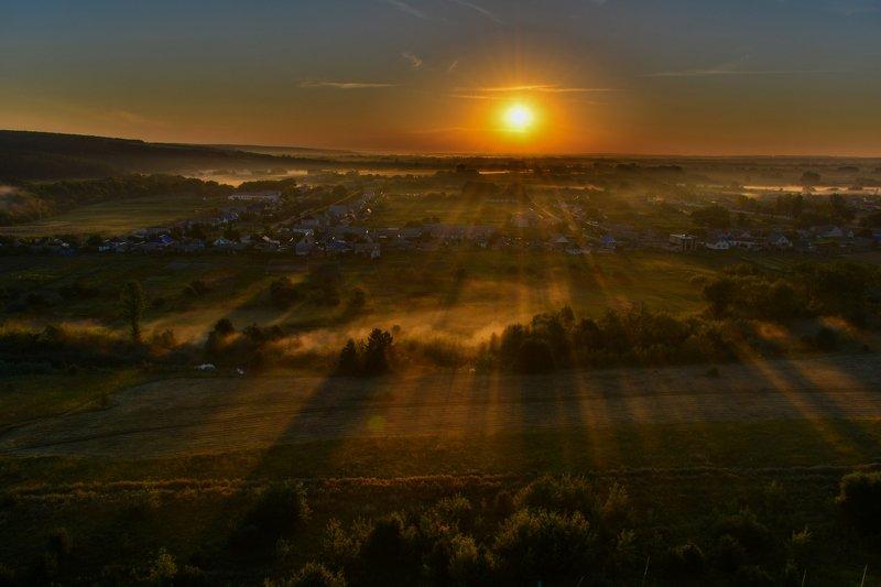 Рассвет в сказочной странеphoto preview