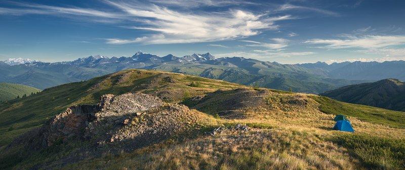 пейзаж, природа, хребет, горы, вершины, белуха, шенелю, катунский, хребет, палатки, ночевка, утро, алтай, красивая, природа, большой, высокий, панорама, белуха Ночевка с видом на Катунский хребетphoto preview