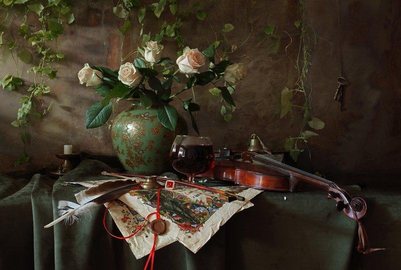скрипка, цветы, розы, свеча Натюрморт со скрипкой и цветамиphoto preview