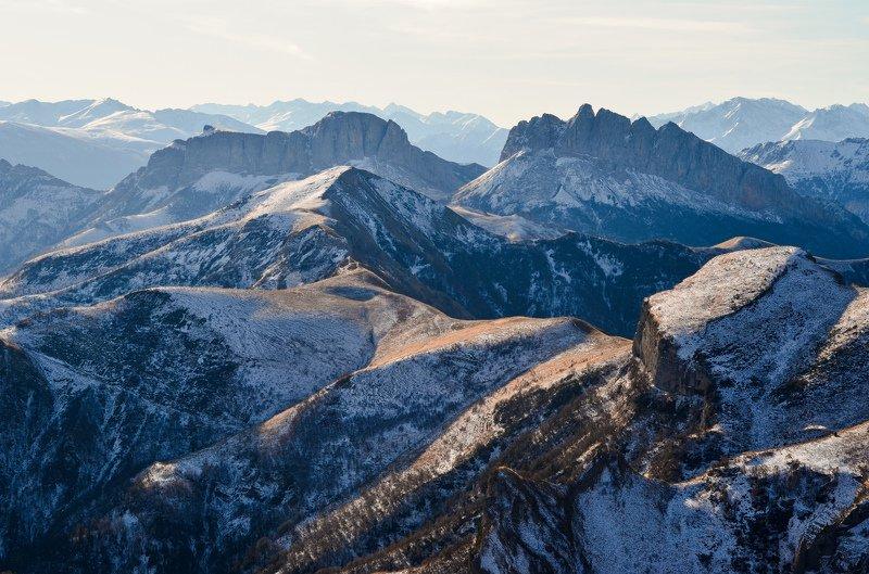 горы, линии, тхач, ачешбоки Мозаика горphoto preview