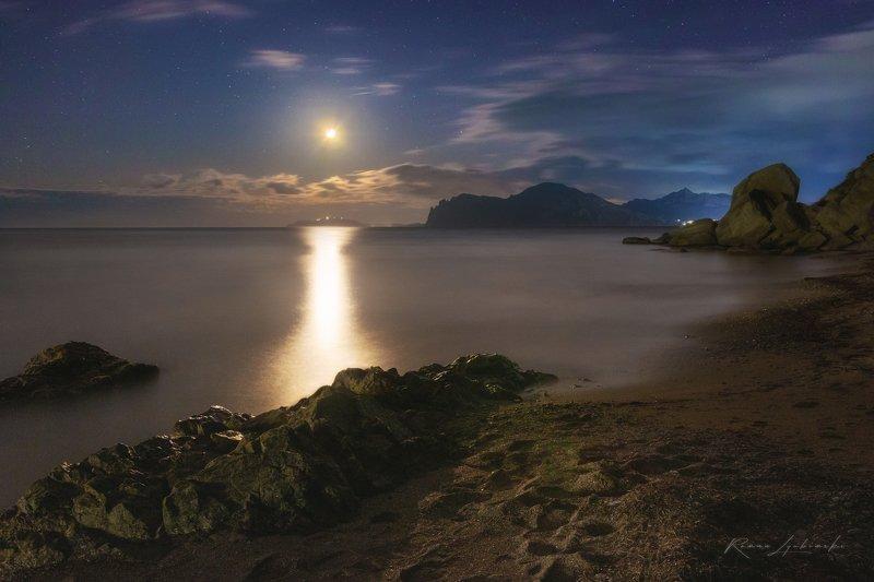 роман любимский, крым, ночная фотография В ночной тишине, при лунном светеphoto preview
