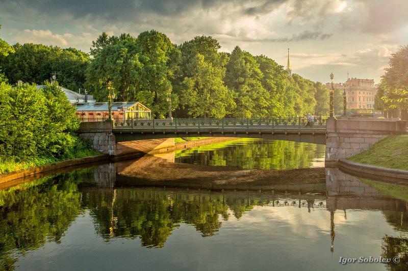 Malo Konyushennyy Bridge, Saint Petersburg, Summer, Лето, Мало Конюшенный Мост, Санкт Петербург  Лето в Питереphoto preview