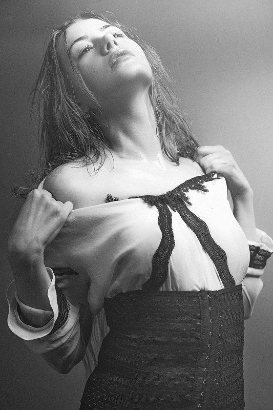 female, art, portrait, black and white, desire, motion, passion, seduction, woman, one, people Passionphoto preview