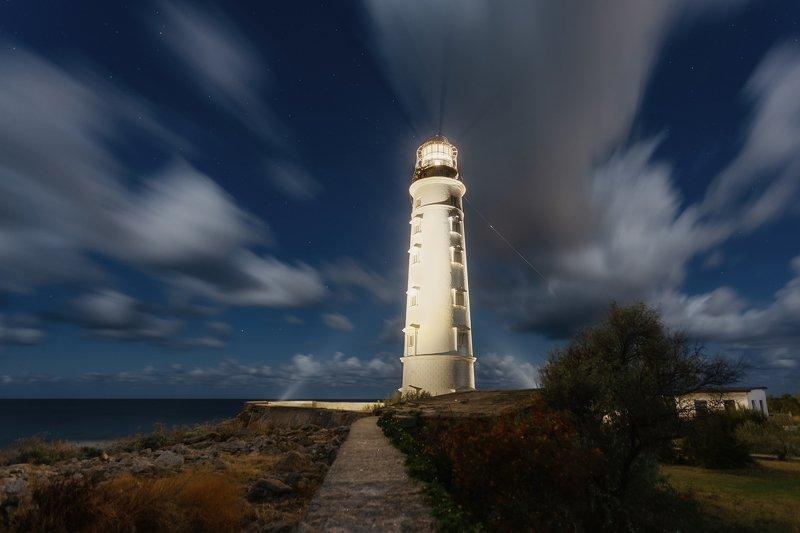 ночь, крым, севастополь, море, маяк, огни, звёзды, пейзаж, путешествие, мыс херсонес Притягательный свет.photo preview