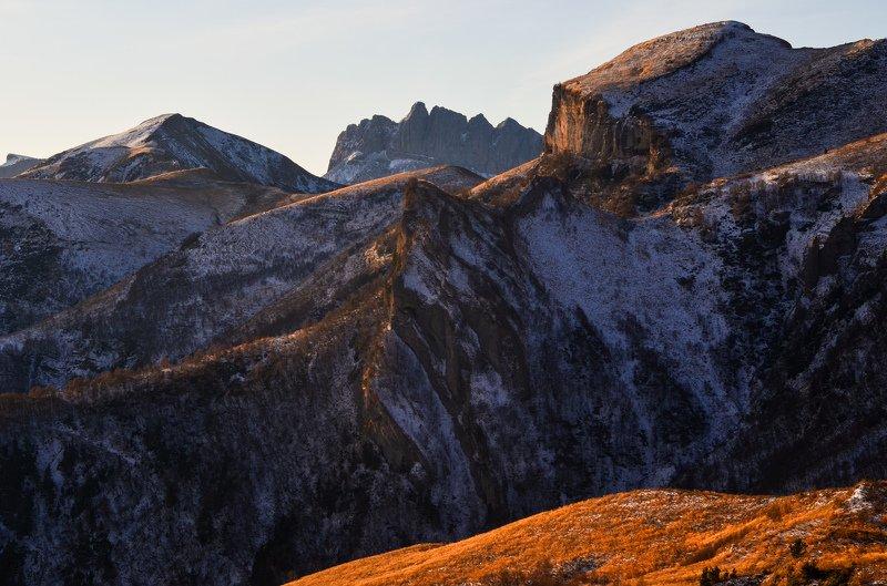 тхачи, ачешбоки, рассвет, горы Позолоченные утромphoto preview
