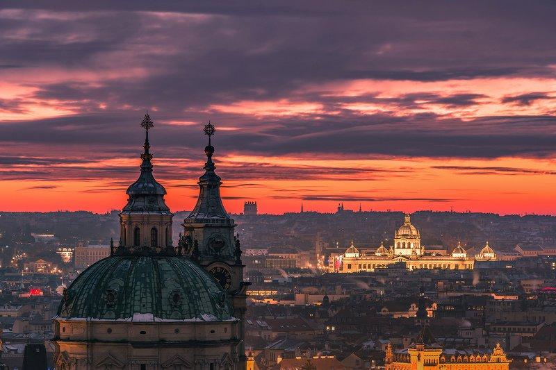 прага, закат, рассвет, огонь, утро, красный, город, башня, небо, облака, европа, купол Рассвет над Прагойphoto preview