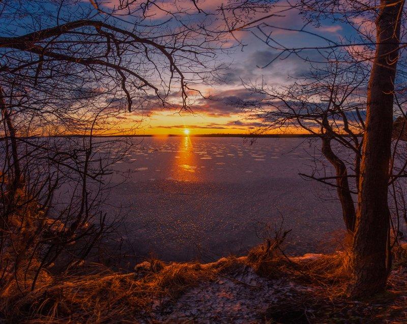 закат, рубское озеро, ивановская область Первый день зимыphoto preview