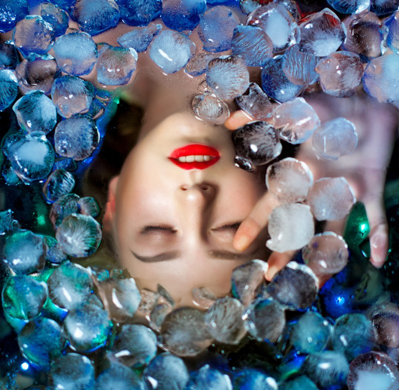 ice, winter, cold, water, underwater, art, portrait, girl, beautiful, color, blue, red, lake, mermaid, fairy tale, Icephoto preview