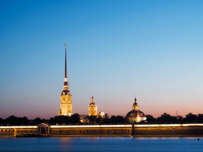 петропавловская крепость в санкт-петербурге на закатеphoto preview