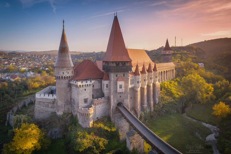 Замок Корвиновphoto preview