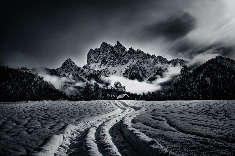 Picco di Vallandro, Dolomities...photo preview