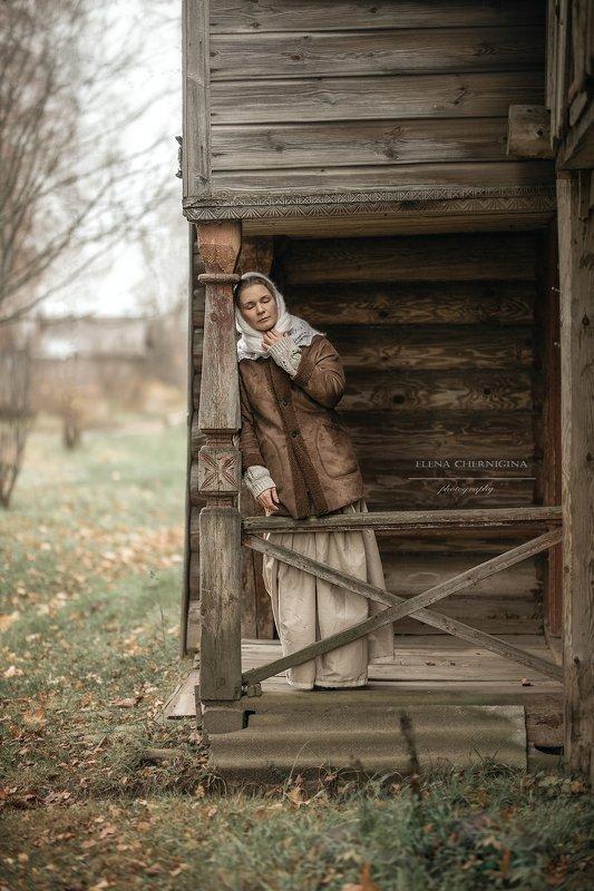 деревня, девушка, деревенская девушка, женщина, женский портрет, село Домик в деревнеphoto preview