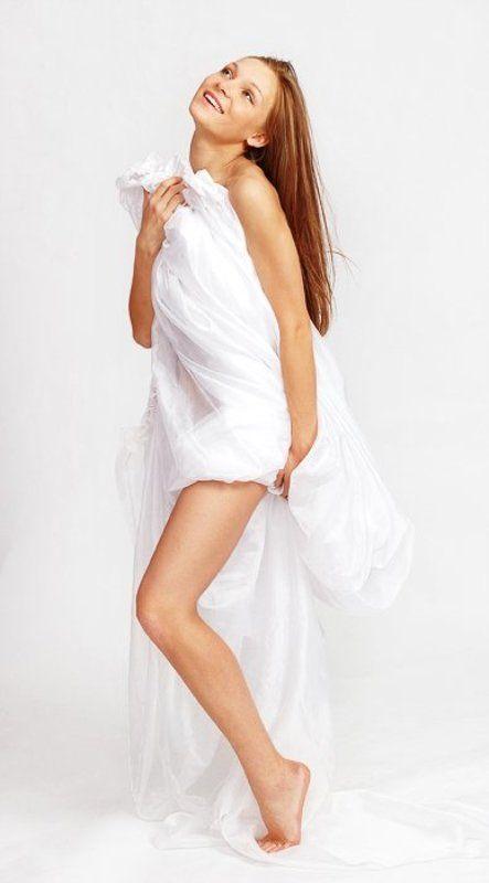девушка, алла, ткань, белая, студия Аллаphoto preview