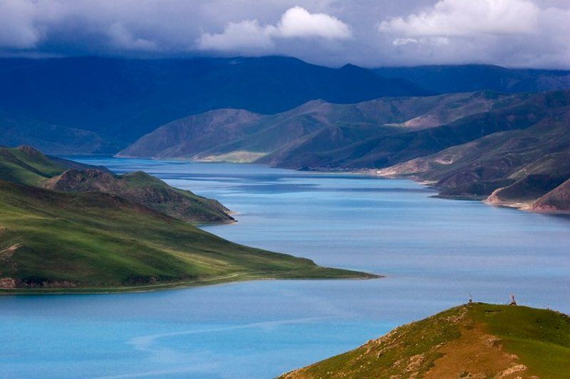 озеро, ямдрок-цо, тибет Ямдрок-цоphoto preview