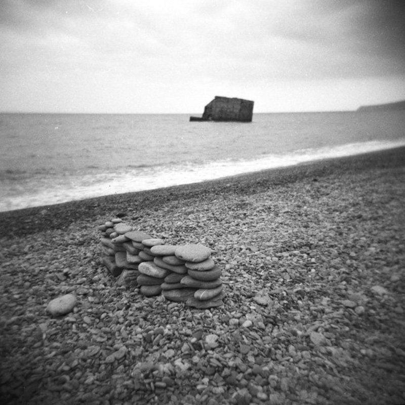 крым хольга камни пирс май Abandoned Constructionsphoto preview