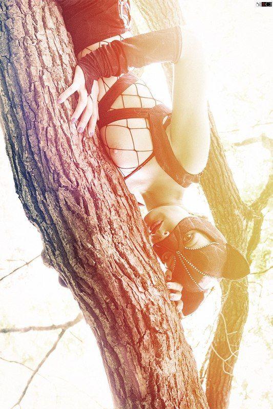 girl, cat, light, tree, summer, nude, nu, ню, лето, дерево, кошка, свет Кошкаphoto preview