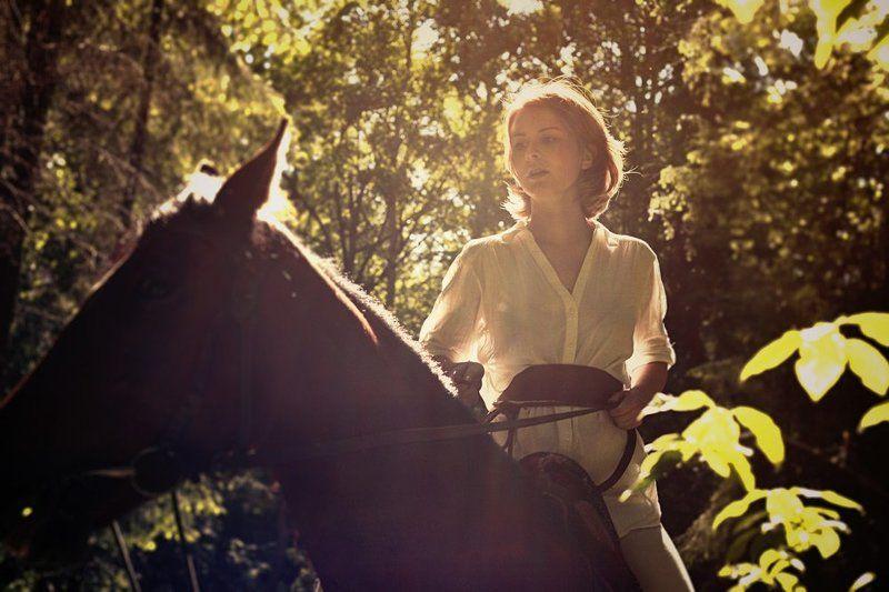 Арина, лошадкаphoto preview