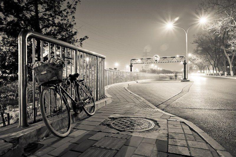 велосипед, китай, пекин, ночь Sleep walkphoto preview