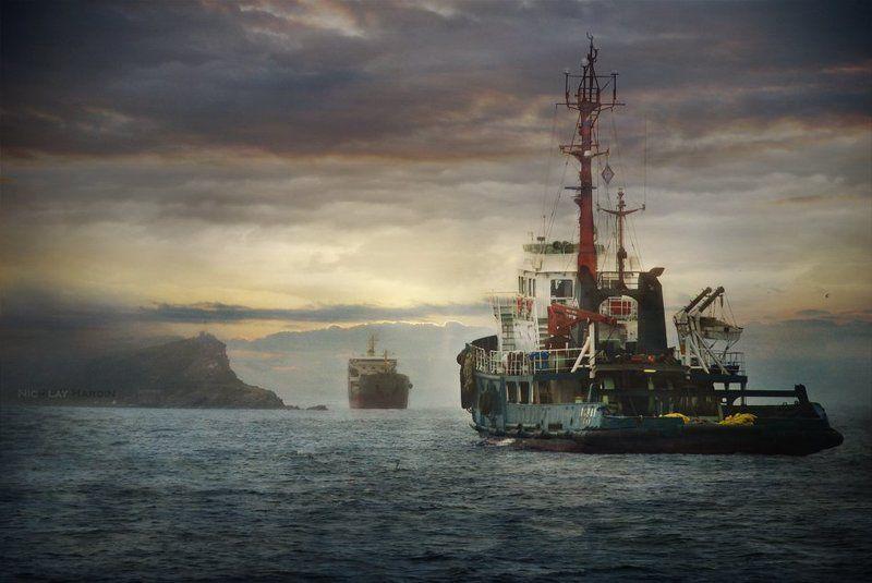 японское, , , море, , , корабли Tête-a-têtephoto preview