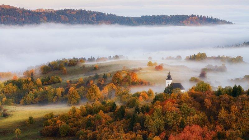 #slovakia #autumn #mountains #landscape #church #mood Fairylandphoto preview