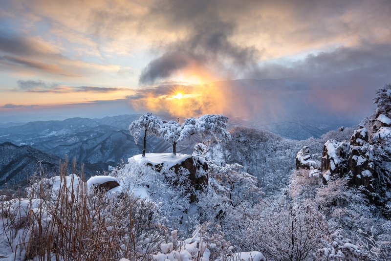mountains, winter, korea, rock formation, layer, sunrise Winter dreamingphoto preview