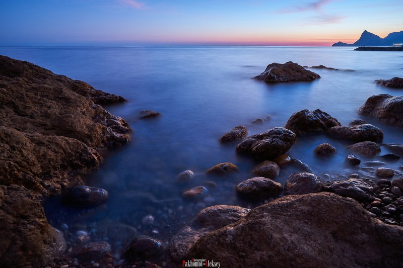 color, landscape, nature, outdoor, цвет, пейзаж, природа, sea, water, night, rock, black, russia, россия, ночь, камни And the sea is silent ...photo preview