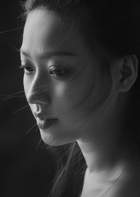 portrait, people, face, studio, dark, light, asian, vietnam, vietnamese, young, attractive, female, girl, black and white, bw, monochrome * * *photo preview