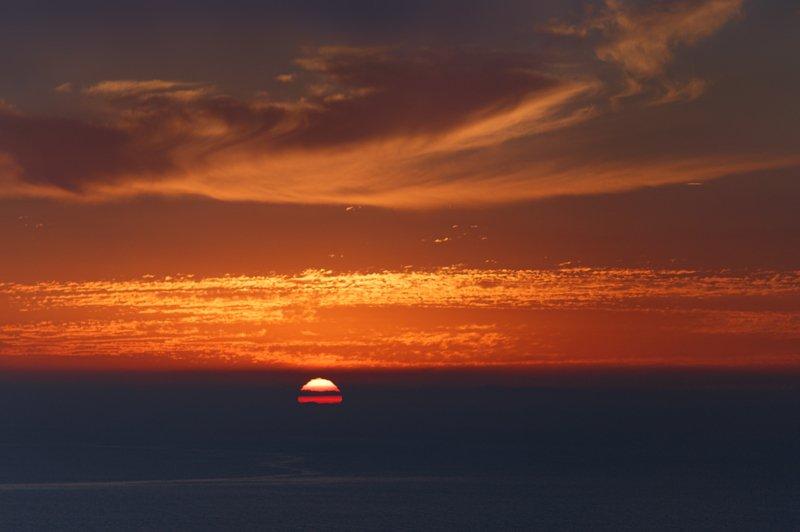 крым, февраль, севастополь, балаклава, закат, черноеморе Утомлённое солнце. . .photo preview