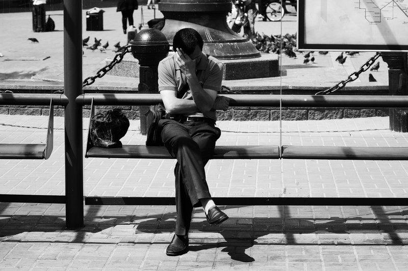 город, улица, человек бляphoto preview