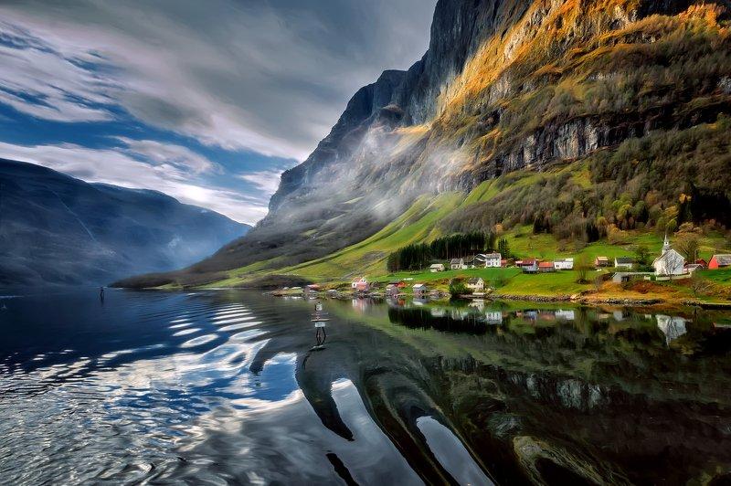путешествия,пейзаж,природа,норвегия,залив,фьорд,горы,вода,берег,деревня Норвегия.photo preview