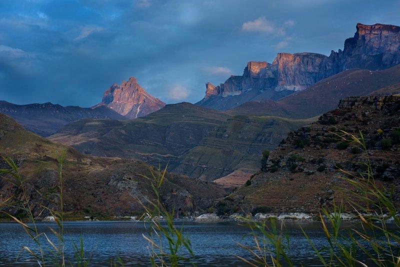 кабардино-балкария, гижгитское ущелье, былымское озеро, осень в горах, горные озёра, рассвет в горах Рассвет на Былымском озереphoto preview