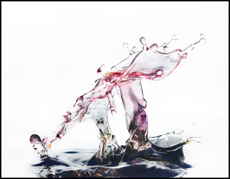 macro, water, liquid, drop, abstraction Танецphoto preview