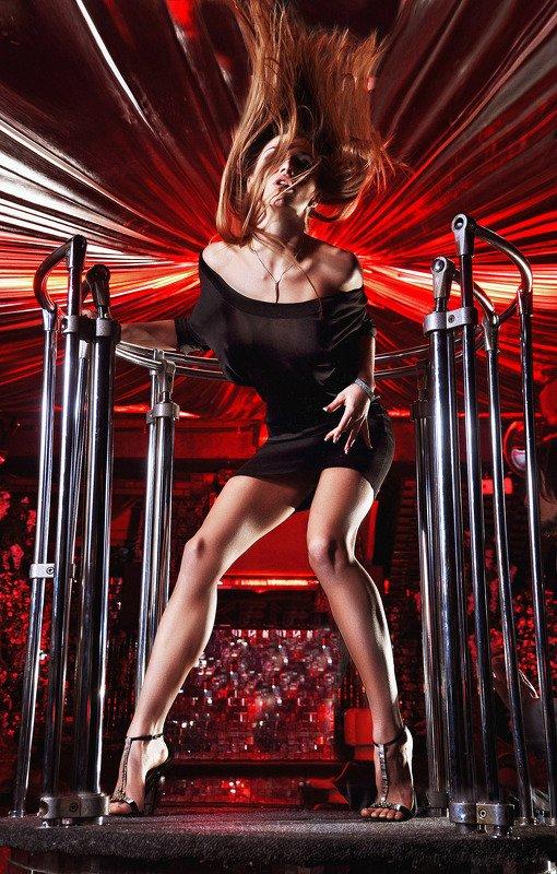 танец, огонь, стиль, красный В ритме танцаphoto preview