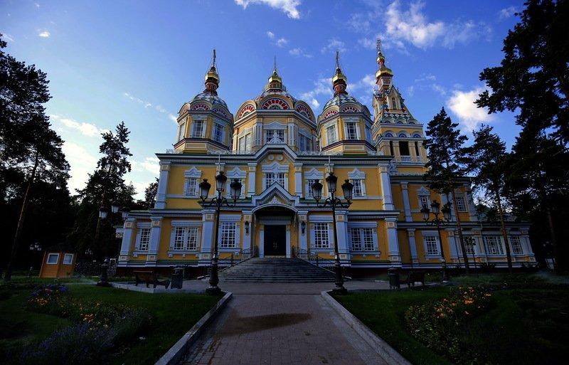 Вознесенский собор (Алма-Ата)photo preview