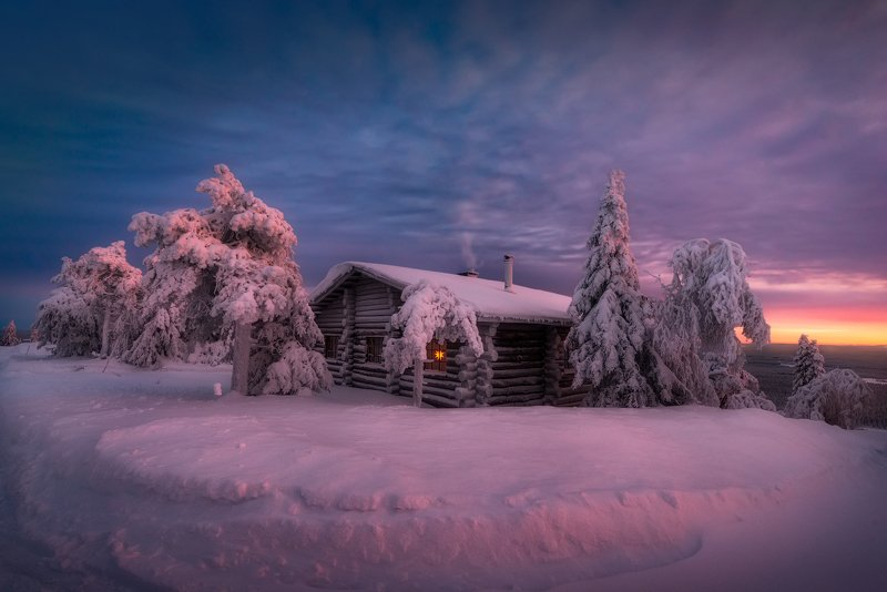 зима, снег, елка, вечер, зака,т небо, домик, финляндия Вечер перед Рождествомphoto preview