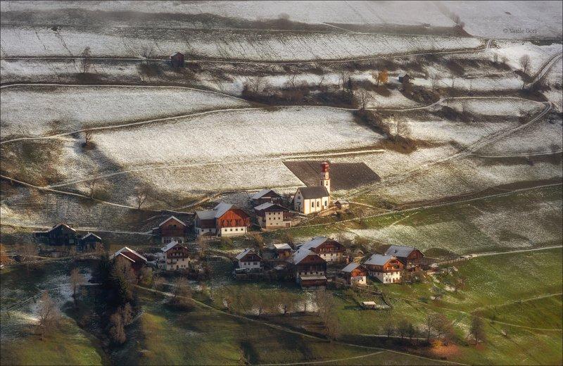 доломитовые альпы,plisa,деревня,осень,италия,alps,marebbe,церквушка ПРЕДЗИМЬЕphoto preview