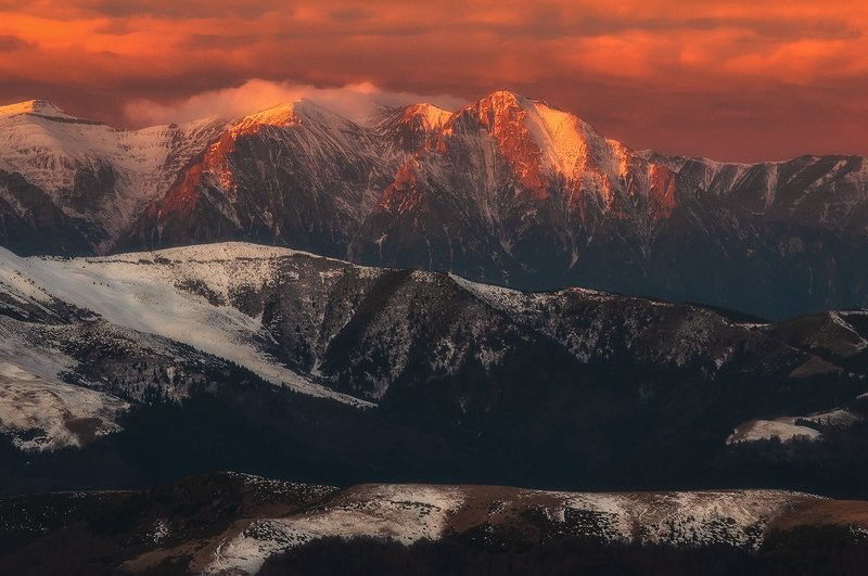 Flaming massifphoto preview