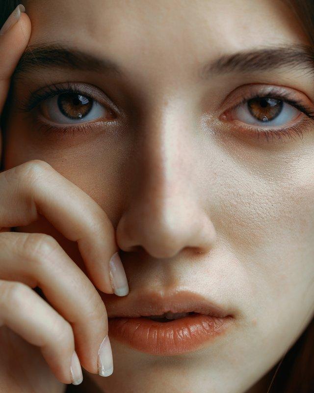 portrait girl mood natural retouch Pneumaphoto preview