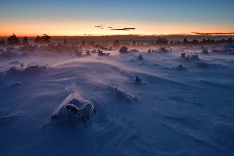 winter, snow, sunrise, czech republic, Quite windy morningphoto preview