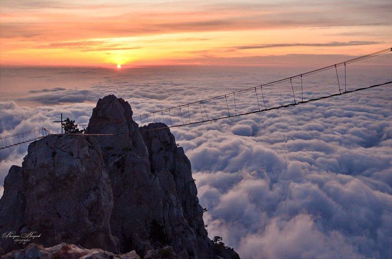 утро, рассвет, восход, крым, ай-петри, октябрь Рассвет над облакамиphoto preview