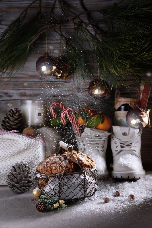 натюрморт, снег, печенье, ель, хвоя, зима, новый год, рождество Новогоднее...photo preview