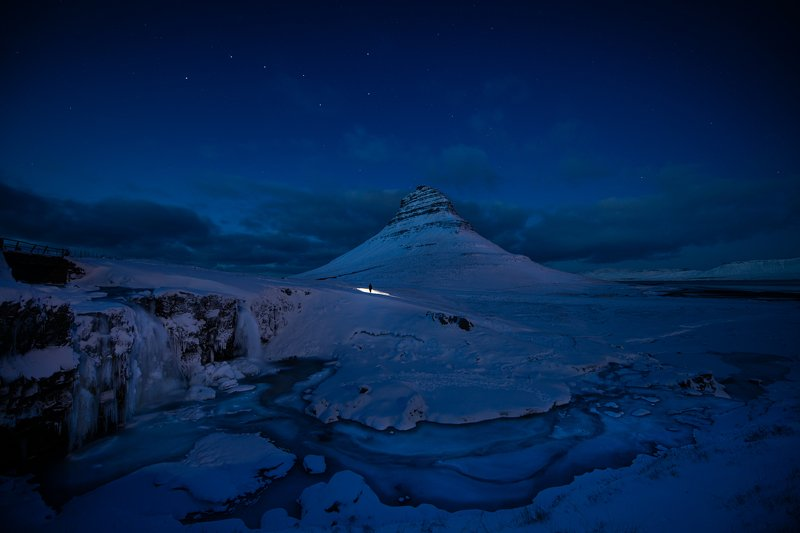 kirkjufell, iceland, landscape, snow, waterfall Iceland midnight magicphoto preview